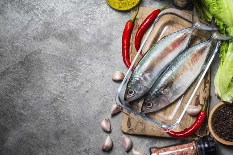 Рыба – продукт, замедляющих старение организма