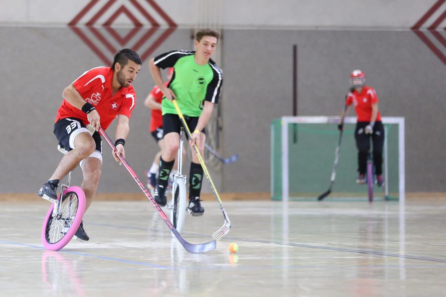 Одноколёсный хоккей или Unicycle Hockey