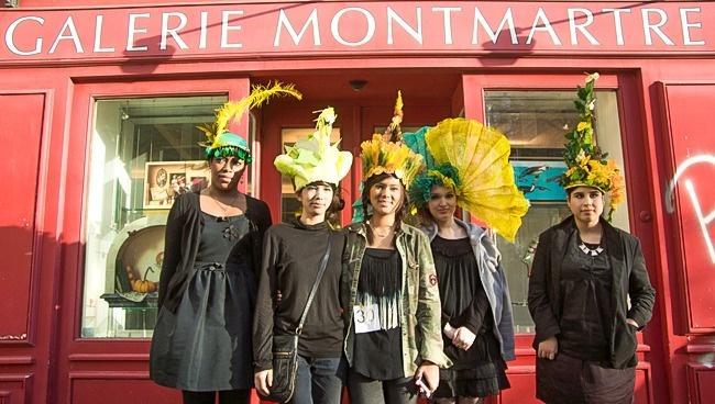 Забавные шляпы для незамужних во Франции