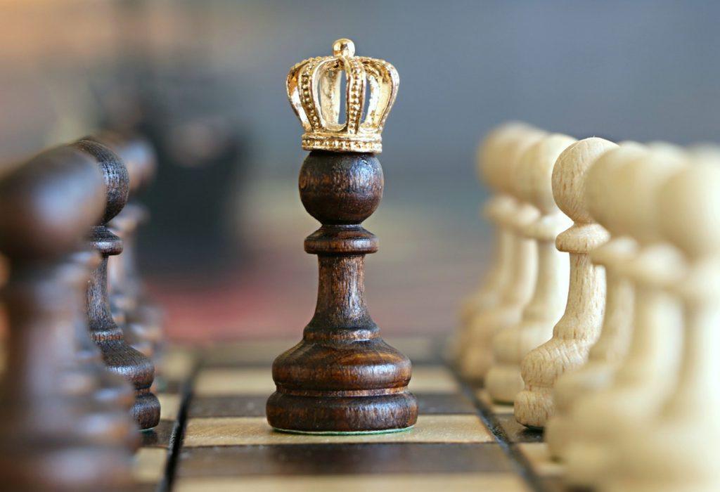 Польза от игры в шахматы: какие качества они развивают