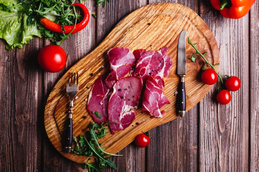 Красное мясо ускоряет старение кожи и организма в целом