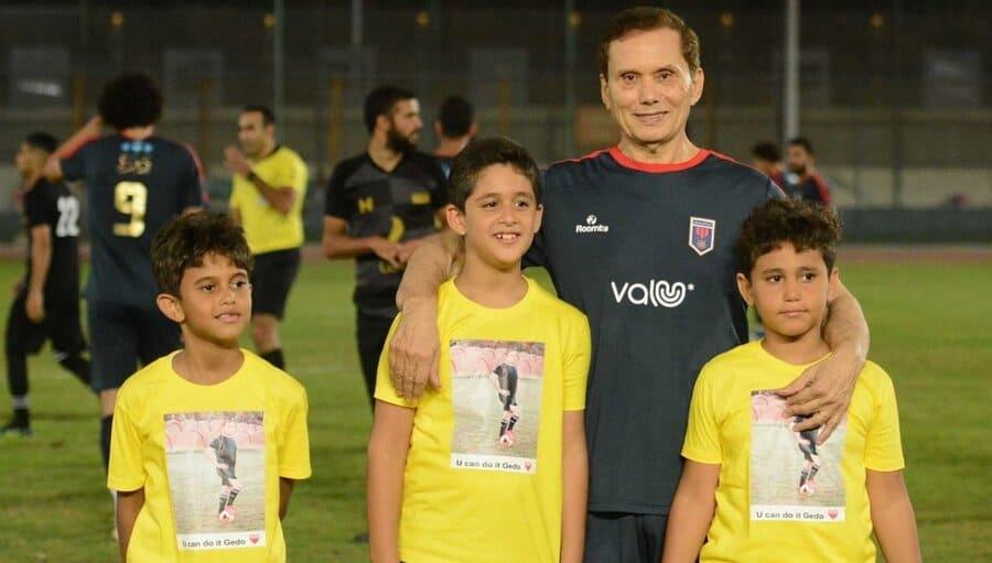 Эззельдин Бахадер с внуками