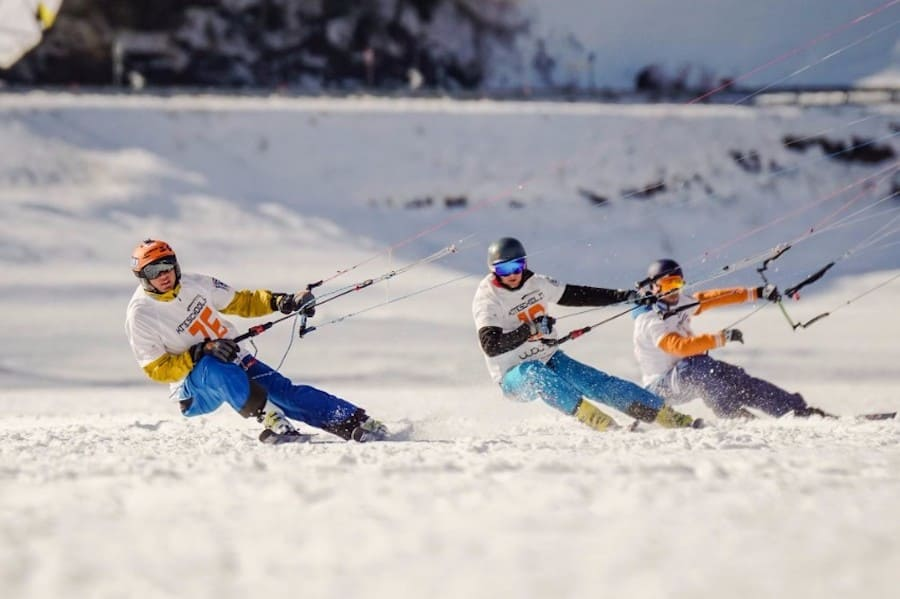 Сноукайтинг – необычный зимний вид спорта